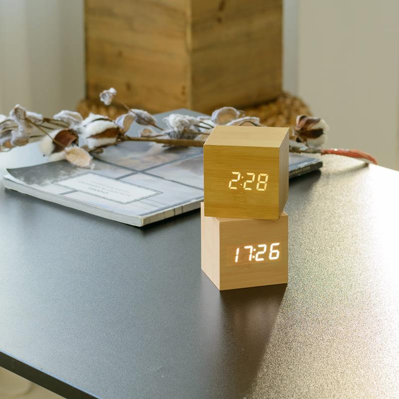 KLPK14026 플라이토 우드 LED 정사각 탁상시계 사무실 벽시계 OEM 판촉물 홍보 시계제작 기념품